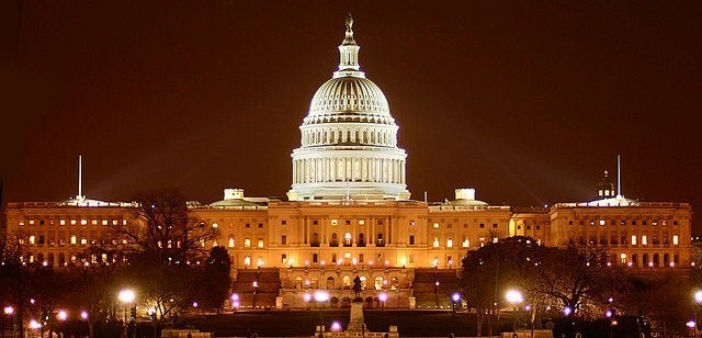 us-capital-at-night